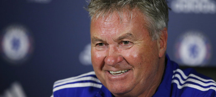 Trenér Chelsea Guus Hiddink