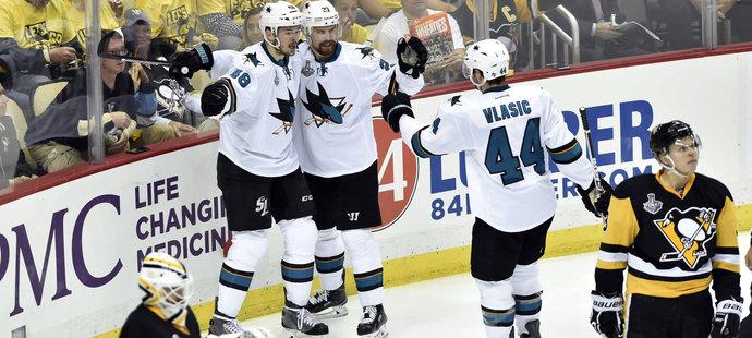 Tomáš Hertl se stal prvním hráčem Sharks, který skóroval ve finále Stanley Cupu