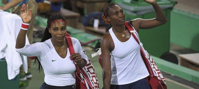 Sestry Williamsovy překvapivě dohrály už v prvním kole