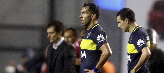 Zklamaný Carlos Tévez