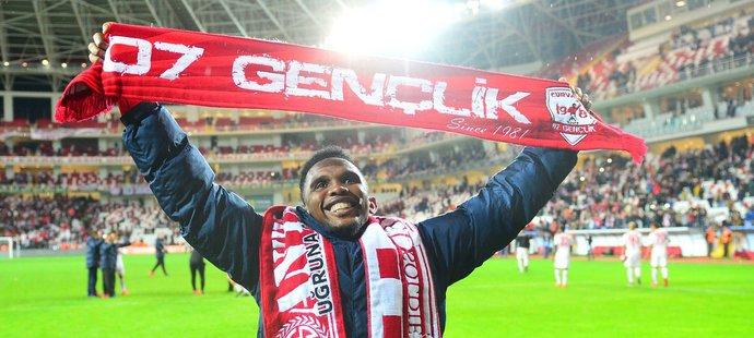 Útočník Samuel Eto'o byl do odvolání vyřazen z prvního týmu Antalyasporu