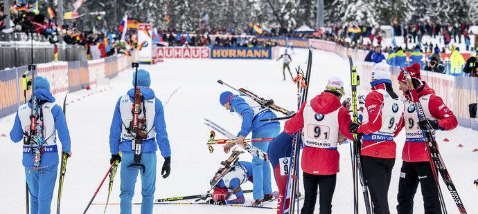 Rus Babikov na posledním úseku přišel o obří náskok a z triumfu se radovali Norové