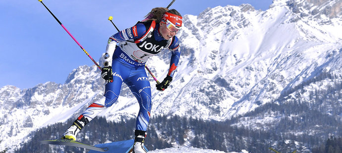 Eva Puskarčíková ve smíšené štafetě na MS v biatlonu