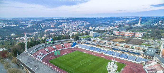 Z tohoto stadionu na pražském Strahově mohl být národní stánek.