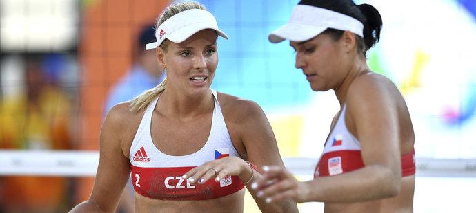 České volejbalistky Markéta Sluková a Barbora Hermanová