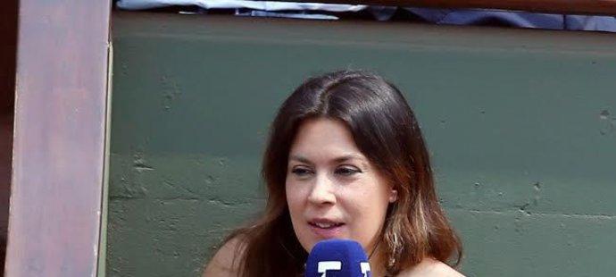 Marion Bartoliová jako televizní expertka na French Open 2017