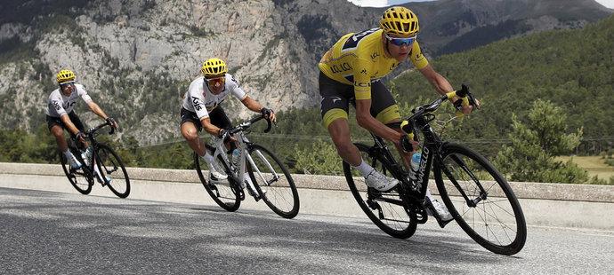 Chris Froome během stoupání na Col d'Izoard
