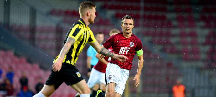 """David Lafata nastoupil proti Vitesse na pozici """"desítky"""", ale nedařilo se mu"""