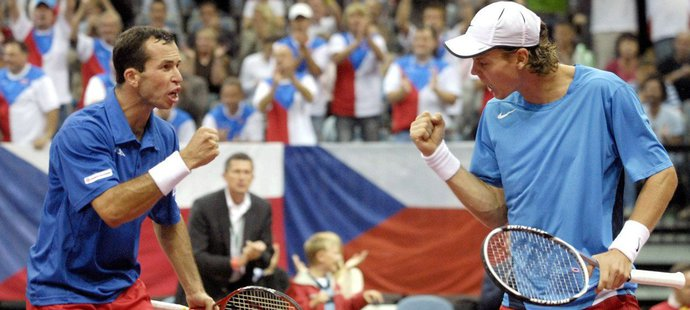 Štěpánek s Berdychem v roce 2007 udrželi pro český tým Světovou skupinu Davisova poháru