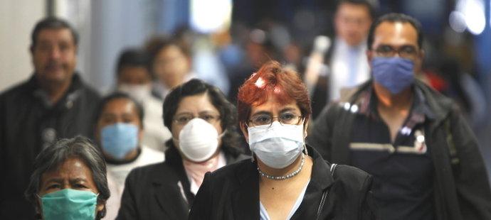 Ľudia v postihutých oblastiach musia nosiť ochranné rúška.