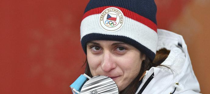 Martina Sáblíková se stříbrnou medailí z olympiády v Pchjongčchangu