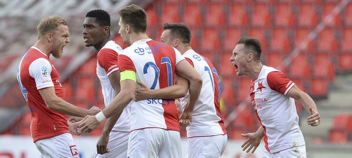 Fotbalisté Slavie budou hrát o jistotu předkola Ligy mistrů až do posledního kola
