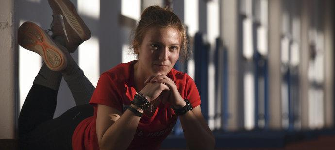 Stále teprve šestnáctiletá atletka Sokola Opava o sobě dala znovu vědět.