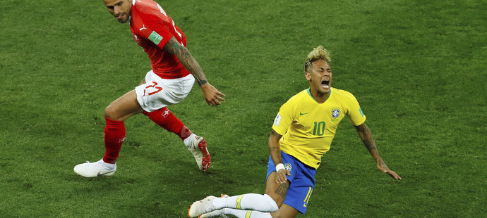 Jeden ze soubojů Behramiho s Neymarem