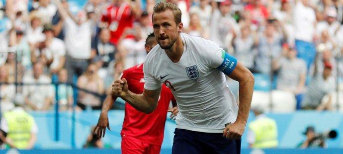 Harry Kane bezpečně proměnil pokutový kop a poslal Anglii do dvoubrankového vedení proti Panamě