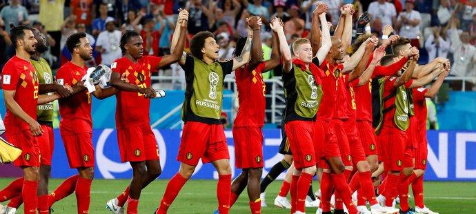 Kdo změní dres z Belgičanu? Hazard, Courtois, nebo někdo jiný?