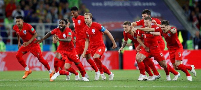 O koho je zájem z anglického mužstva, které na světovém šampionátu skončilo na 4. místě?