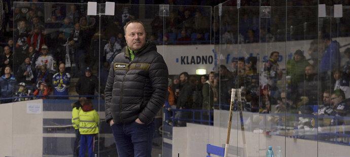 Když stál v posledních sezonách Martin Pešout na střídačce, končilo to úspěchem. Ať s Kometou nebo s Karlovými Vary.