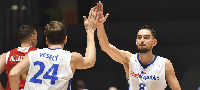 Česko – Rusko 80:78. Zvládnuté drama! Basketbalisté se přiblížili MS