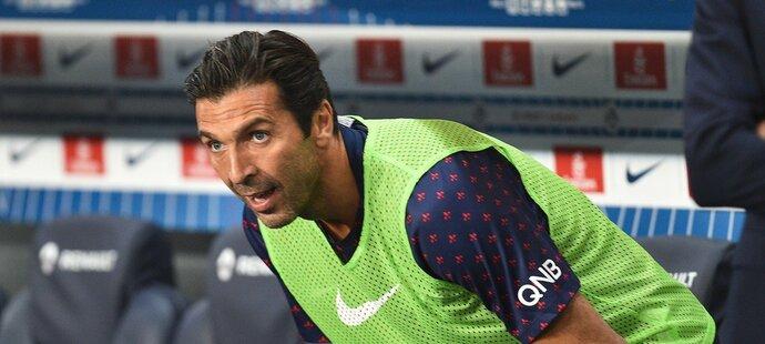 Buffon se bude do sestavy obtížně dostávat přes Francouze Areolu