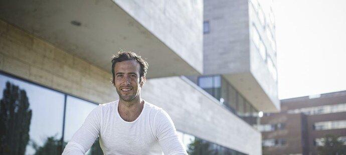 Vít Schlesinger pracoval s Tomášem Berdychem, Petrem Čajánkem, Zdeňkem Grygerou a mnoha dalšími špičkovými sportovci.