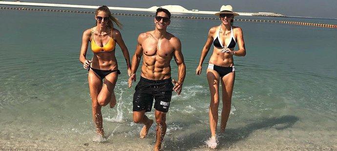 Česká trojka si užívá v Dubaji.