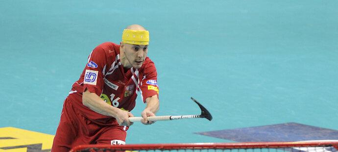 Matador Garčar hrající v typickém šátku vyhlíží už svůj pátý světový šampionát. Představil se i na domácím MS 2008.