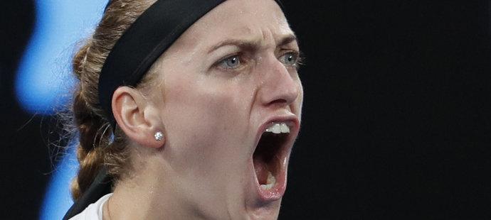 Petra Kvitová porazila na Australian Open Švýcarku Belindu Bencicovou a postoupila do osmifinále
