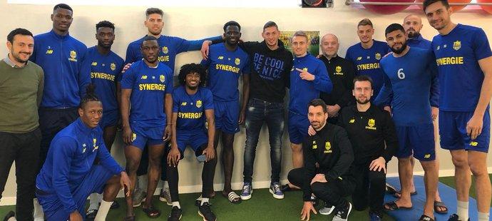 Ještě v pondělí se byl Emiliano Sala rozloučit se svými už bývalými spoluhráči z Nantes