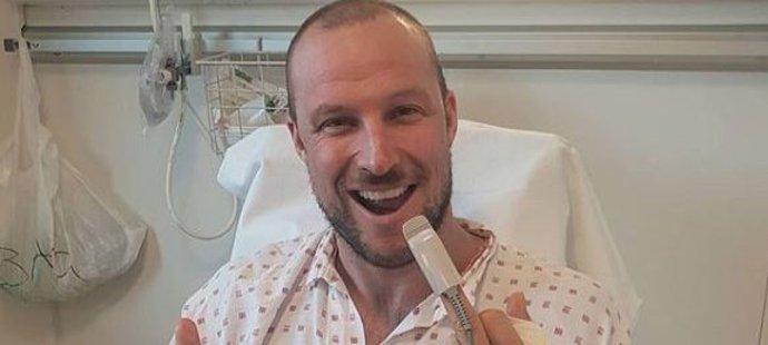 Aksel Lund Svindal po loňské operaci ruky
