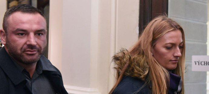 Tenistka Petra Kvitová v úterý u brnenského soudu vypovídala proti Radimu Žondrovi, který ji měl v prosinci 2016 přepadnout v jejím prostějovském bytě