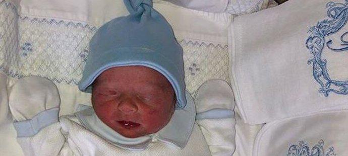 Nejnovější člen rodiny Tysona Furyho, který se narodil ve čtvrtek ráno!