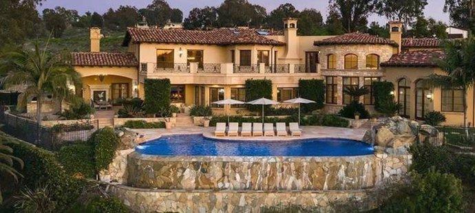 Luxusní dům Jeleny Jankovičové v Santa Fe je na prodej
