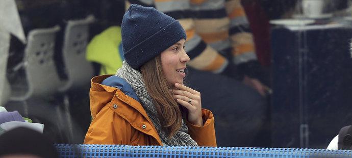 Eva Samková na závodech lyžařského Světového poháru ve Špindlerově Mlýně