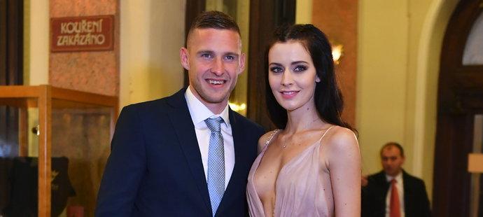 Reprezentační hvězda Pavel Kadeřábek s úchvatnou manželkou Terezou