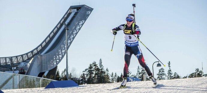 Norský Holmenkollen nabízí závodníkům parádní výhled na skokanské můstky. Veronika Vítková byla ve sprintu nejlepší českou závodnicí, skončila na 23. místě