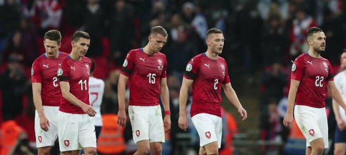 Sterling ve Wembley hattrickem zničil Čechy. 0:5, nejhorší porážka v české historii