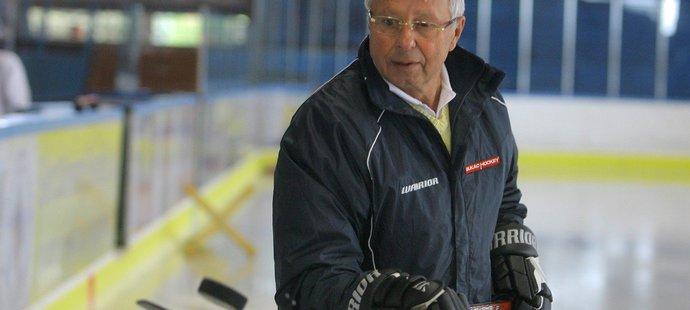 Smutná novina zasáhla český hokej; zemřel Luděk Bukač, bývalý hráč, trenér dvojnásobných mistrů světa (1985 a 1996) a uznávaný metodik...