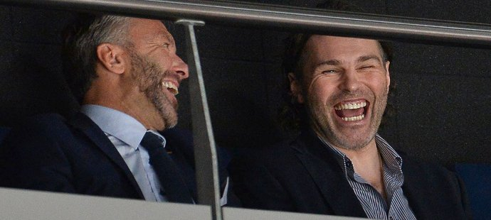 Petr Nedvěd s Jaromírem Jágrem se na hokeji výborně bavili