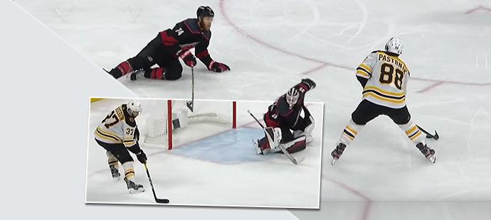 Tohle byla nádhera! Pastrňák mazaně vybídl ke gólu a Bruins slaví další krok