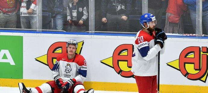 Zklamaný Dmitrij Jaškin (vlevo)