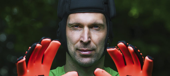 1. Petr Čech (fotbal, 218 milionů korun)