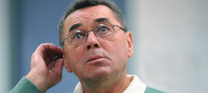 Legendární český hokejový útočník Václav Nedomanský