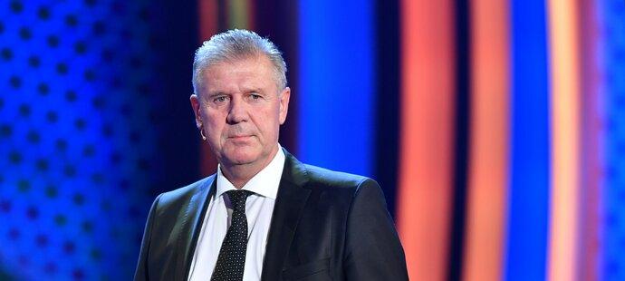 Předseda komise rozhodčích Jozef Chovanec připouští nespokojenost s výkony sudích v minulé sezoně, podle něj však šlo o osobní selhání
