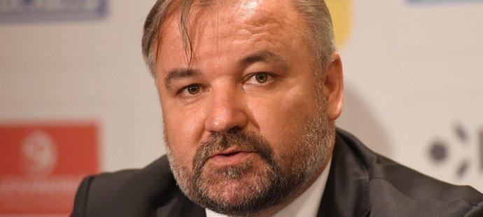 Výkonný ředitel Ligové fotbalové asociace (LFA) Tomáš Bárta na tiskové konferenci před startem nového ročníku FORTUNA:LIGY