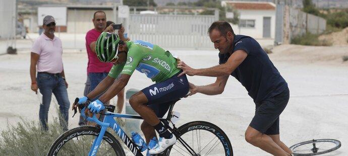 Vítěze druhé etapy Naira Quintanu postihl v pondělí defekt, i tak se v celkovém pořadí udržel na druhém místě