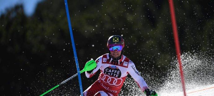 Nejlepší sjezdař posledních let Rakušan Marcel Hirscher končí ve 30 letech kariéru. Vyhrál osmkrát Světový pohár, dvě zlata z OH a sedm titulů z MS