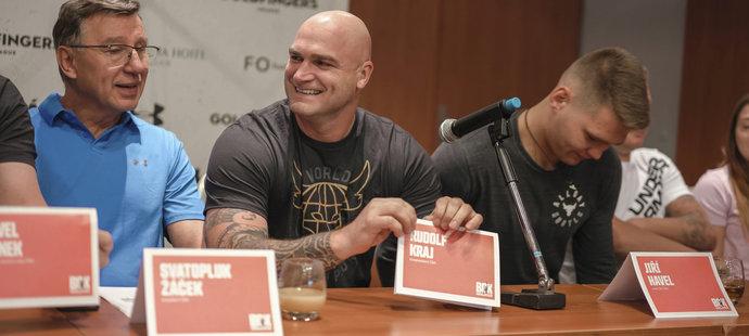 Rudolf Kraj na tiskové konferenci k MČR v boxu