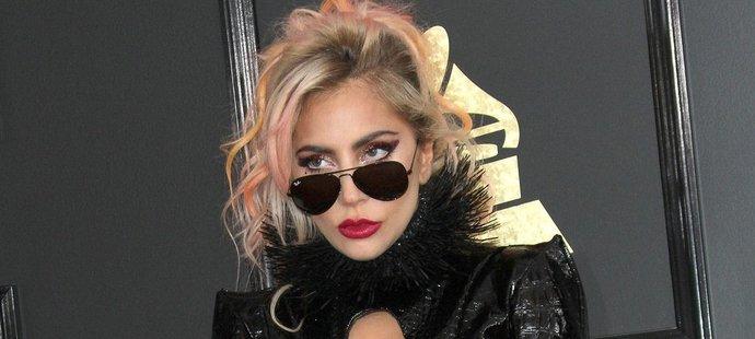 Lady Gaga ráda vzbuzuje pozornost