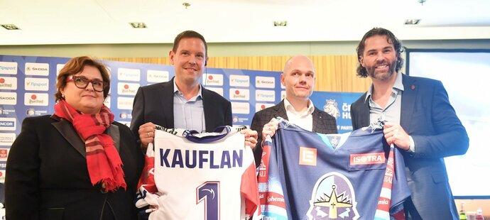 Jana Obermajerová, Stefan Hoppe, Martin Piterák a Jaromír Jágr představili nového partnera českého hokeje, společnost Kaufland
